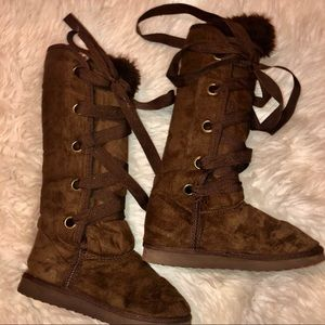 Soda lace up suede boots